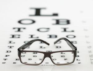 הסרת משקפיים בלייזר