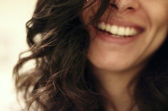 כל מה שרציתם לדעת על השתלת שיניים ביום אחד