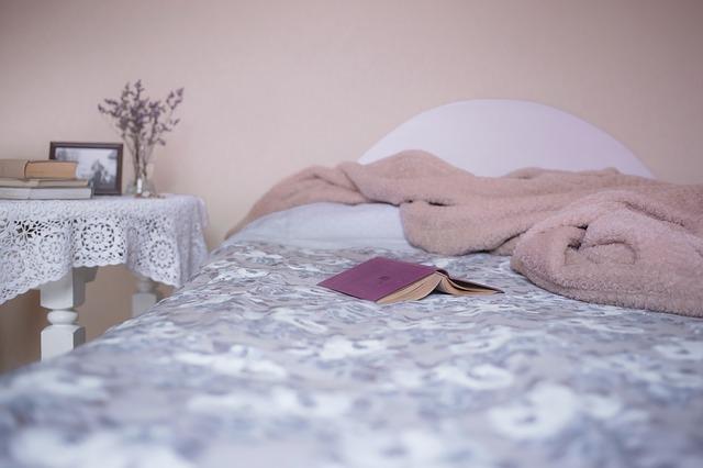 סוגי בדים ואיך הם משפיעים על השינה שלנו?