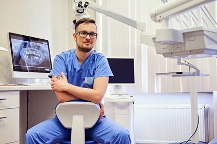 מה כדאי לדעת על טיפול השתלות שיניים בראשון לציון?
