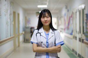 איך כדאי לבחור רופא