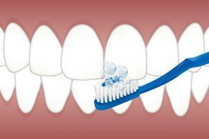 איך לשמור על שיניים לבנות