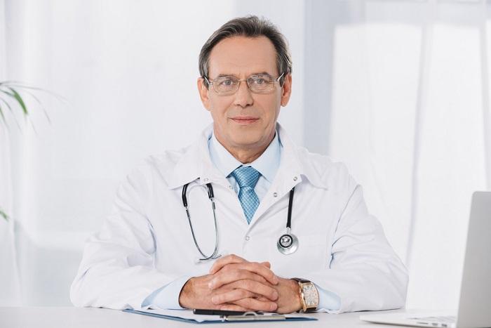 רופא עד הבית