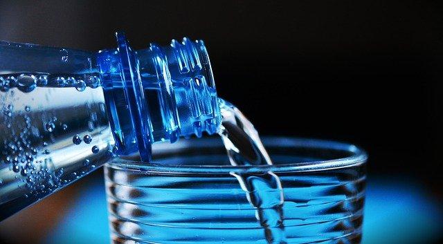 נביעות לעומת מי עדן – האם יש הבדל במים?